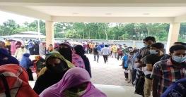 নলডাঙ্গা উপজেলা স্বাস্থ্য কমপ্লেক্সে প্রথম দিনই ৬০০ টিকা প্রদান