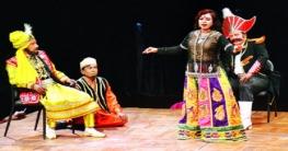 বাঙালি সংস্কৃতির ঐতিহ্য যাত্রাপালা হারিয়ে যেতে বসেছে