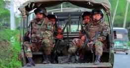 নাটোরে চলছে সেনাবাহিনীর টহল ও জিবানুনাশক স্প্রে