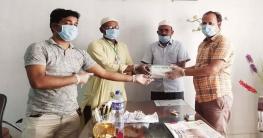 গুরুদাসপুরে সাংবাদিকদের সুরক্ষা সামগ্রী দিলো আহম্মদ আলী মোল্লা